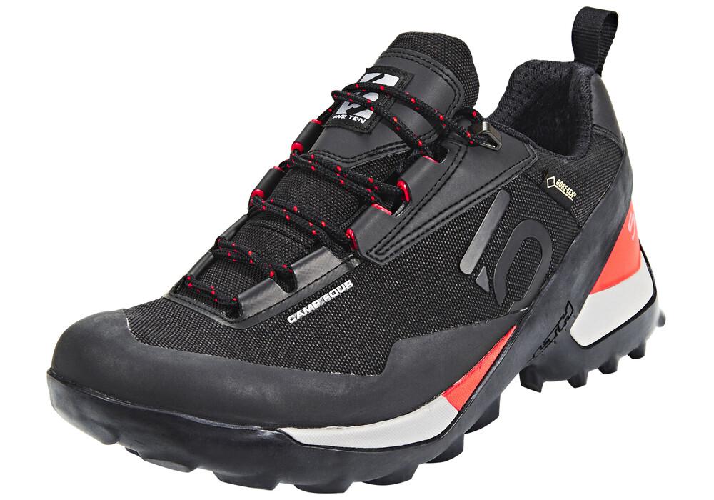 Camp Four Shoe Review